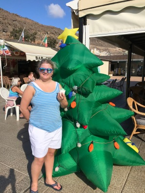 INFLATABLE TREE